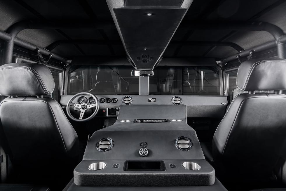 Este Hummer H1 ofrece una potencia de 500 caballos y una velocidad máxima de 150 km/h. (Foto: Mil-Spec Automotive).