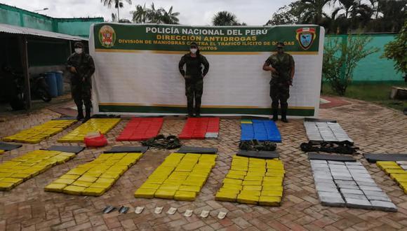 Los narcóticos fueron encontrado ocultos en dos caletas. (Foto: CC.FF.AA)
