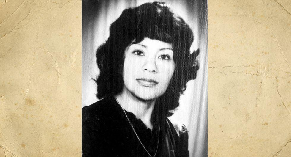 Gladys Colchado Rojas. La foto fue tomada el 12 de octubre de 1984, cuando tenía 31 años y dos hijos de 3 y 2 años. En esa época era consultora de Yanbal y ama de casa. Hoy tiene 67 años, 5 hijos, 2 nietas y el mismo corte de cabello.