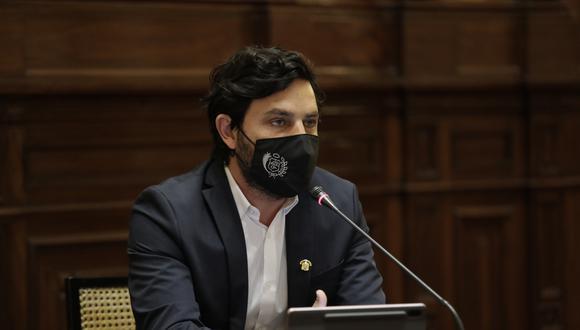Congresista Daniel Olivares será investigado de forma preliminar tras revelar que consume marihuana. (Foto: Archivo GEC)