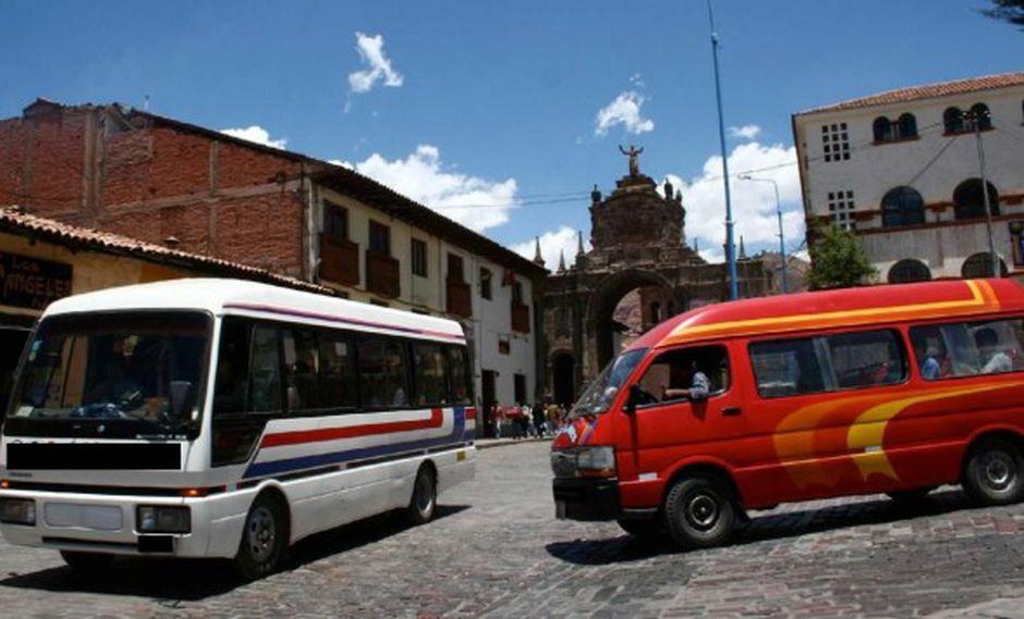 Tacna: multan a 18 empresas de transporte por no respetar pasaje universitario