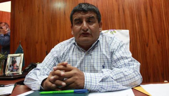 Piden excluir a Humberto Acuña del proceso electoral
