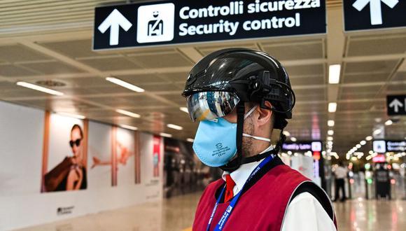 Coronavirus: Los países de la Unión Europea tendrán un pasaporte de vacunación en los próximos meses. (Foto: ANDREAS SOLARO / AFP).