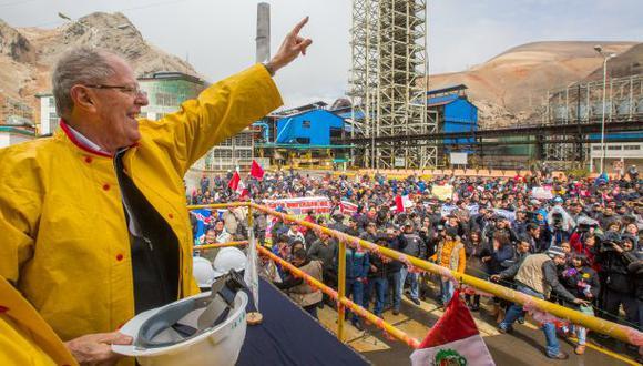 """PPK dijo que la exhortación que les hizo a los trabajadores de la metalúrgica para que marchen al Congreso, que tendrá mayoría fujimoristas desde este viernes, """"fue un decir, nada más"""". (Foto: Difusió"""