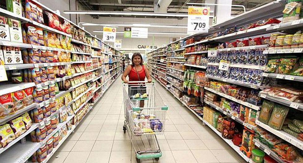Las ventas de supermercados y tiendas por departamento se expandieron en un 4% en el primer semestre. (Foto: GEC)