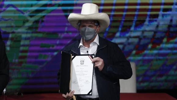 JNE entrega sus credenciales de presidente electo a Pedro Castillo: (Foto: César Campos/GEC)