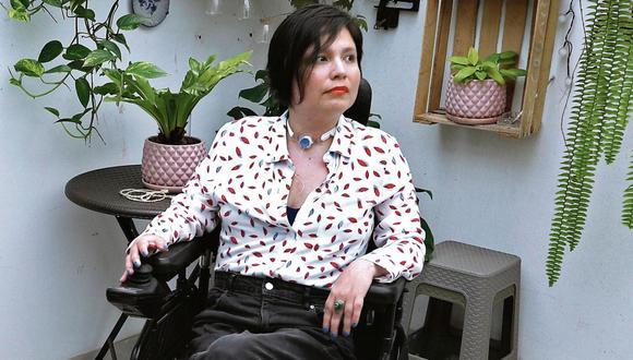A los 12 años, Ana Estrada (44) fue diagnosticada con polimiositis, una enfermedad degenerativa e incurable. (AP)