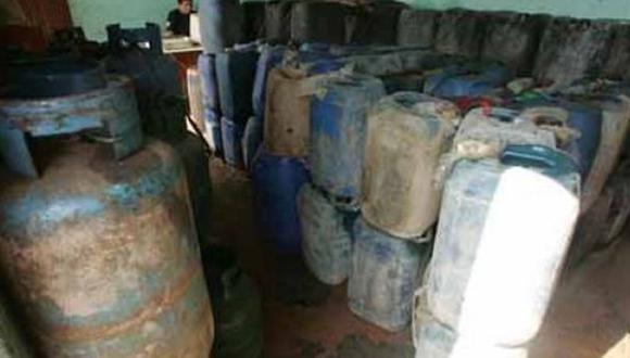 Puno: PNP decomisó decenas de balones de combustible