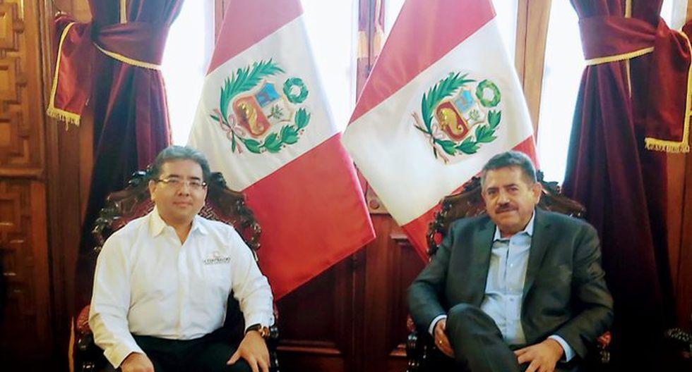 Presidente del Congreso, Manuel Merino de Lama, se reunió con el contralor, Nelson Shack, tras el pedido de precisiones de la entidad de control a la norma sobre las declaraciones juradas (Foto: Congreso)
