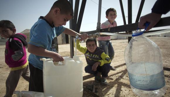 Existen avances en acceso a agua limpia pero son insuficientes
