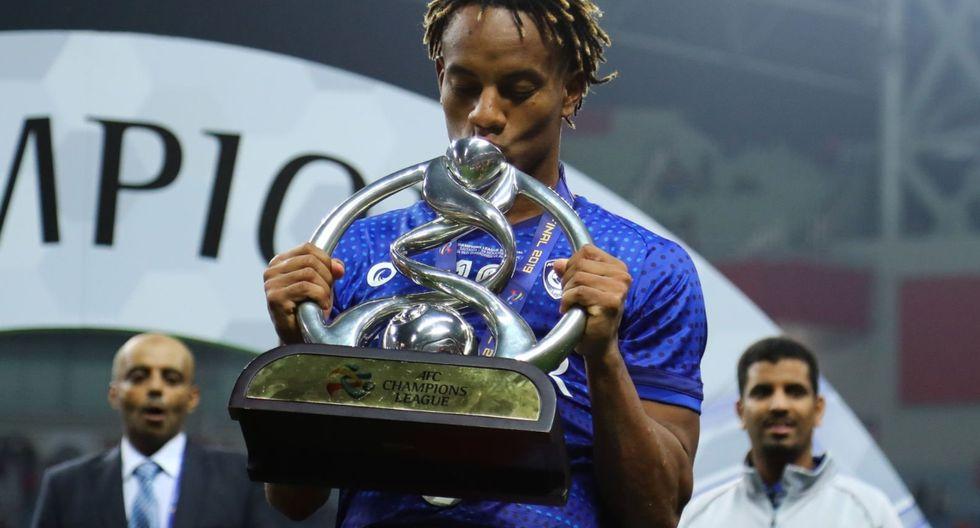 Carrillo ganó su primer título continental con el Al-Hilal. (Foto: Agencias)