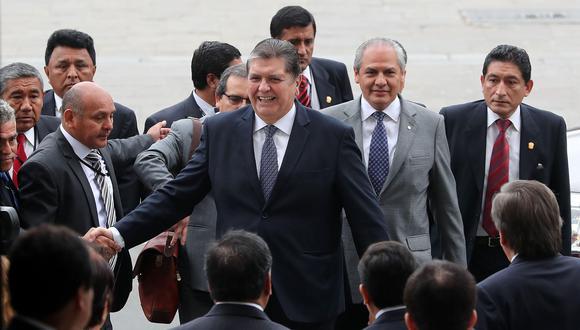 Javier Barreda habría solicitado una licencia a su militancia aprista, debido a que Alan García y la actual dirigencia de su partido se oponen a que se sume al Ejecutivo. (Foto: EFE)