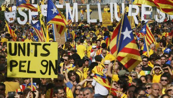 Miles marchan por la independencia de Cataluña