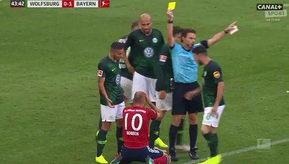 YouTube: Arjen Robben vio la tarjeta amarilla por simular falta en duelo entre Bayern vs. Wolfsburgo| VIDEO. (Foto: captura de pantalla)