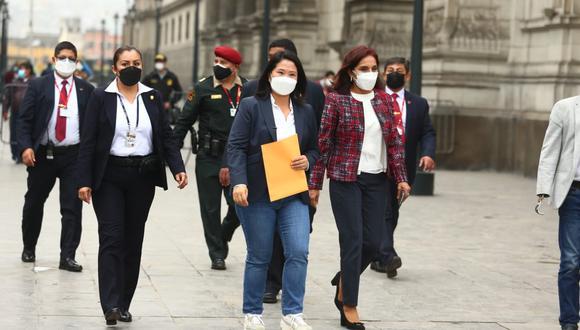 Keiko Fujimori acudió a Palacio de Gobierno para dejar carta a Francisco Sagasti. (Foto: Alessandro Currarino / @photo.gec)