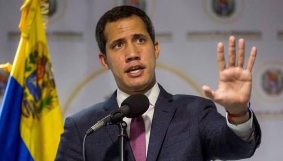 Juan Guaidó insiste en que él y la Asamblea Nacional tienen la legitimidad para negociar con el oficialismo. Foto: EPA