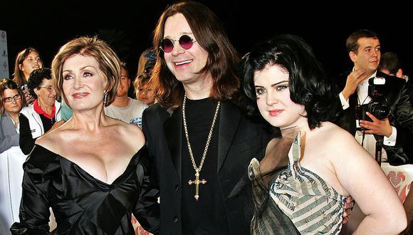 """Kelly Osbourne, hija del 'Príncipe de las tinieblas', desmintió que su padre se encuentre en su """"lecho de muerte"""". (Foto: AFP)"""