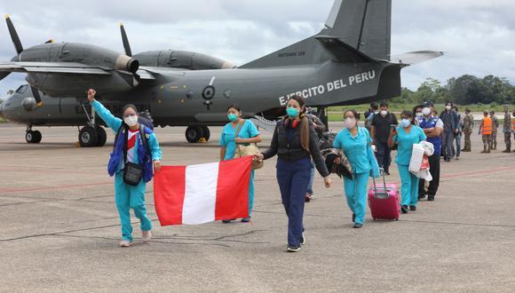 Se trata de diez médicos y diez licenciadas en enfermería pertenecientes a la Dirección General de Gestión del Riesgo de Desastres y Defensa Nacional en Salud (Digerd) del Minsa. (Foto: Essalud/Referencial)