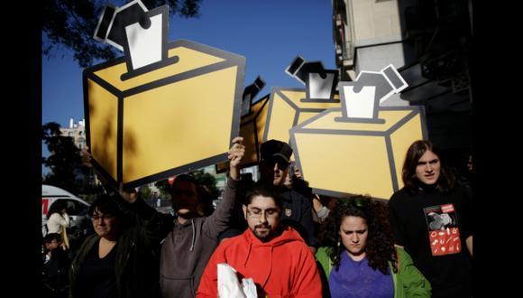Cataluña suspendió la campaña para su consulta soberanista