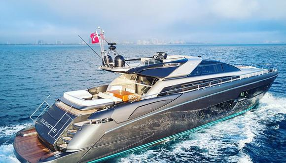 """""""Tenemos un número limitado de propietarios de yates privados que han optado por aislarse en sus yates"""", aseguró Rupert Connor de Luxury Yacht Group LLC. Foto: Facebook Luxury Yacht Group"""