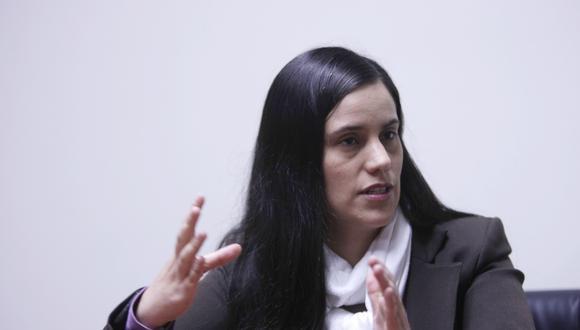"""Verónika Mendoza aseguró que con el archivamiento del proyecto de adelanto de elecciones, la mayoría parlamentaria """"se aferra a su inmunidad"""". (Foto: GEC)"""
