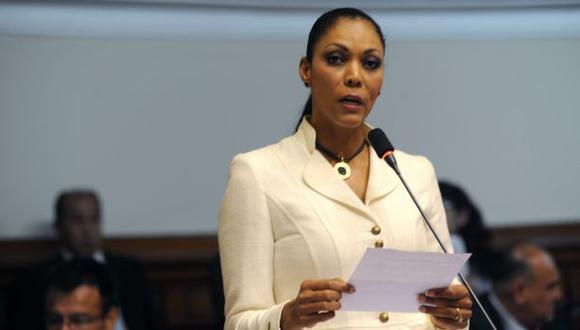 Fiscalía amplía la investigación a Cenaida Uribe por 30 días