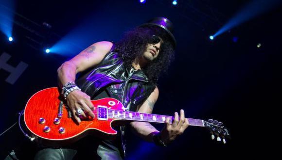 Slash: 10 momentos del guitarrista aparte de Guns N' Roses