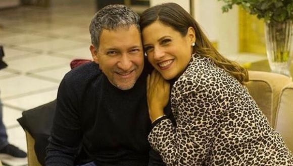 María Pía Copello comparte tiernas fotos junto a su esposo por la celebración de su aniversario 15. (Foto: Instagram/ piacopello).