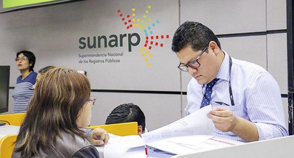 La hora de atención al usuario de cada entidad es distinta a otra; por ello, es necesario conocer cuál es el horario establecido en cada una de ellas. (Foto: El Peruano)
