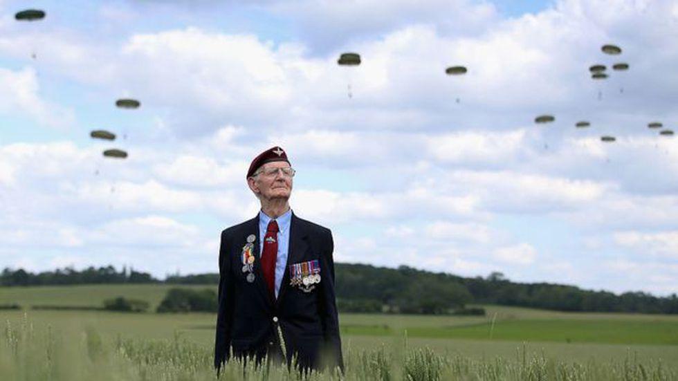 No todos los paracaidistas lograron descender en el lugar indicado antes del asalto.