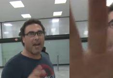 Eduardo Yañez vuelve a enfrentarse con un reportero de TV | VIDEO