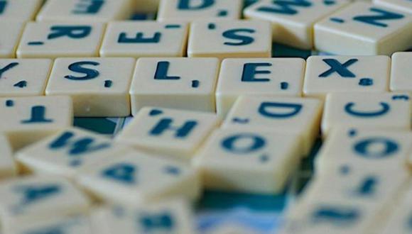Las personas con dislexia no solo tienen dificultades en la lectura, la escritura y la ortografía, sino también pueden tener problemas para hablar. (Foto: Getty Images)