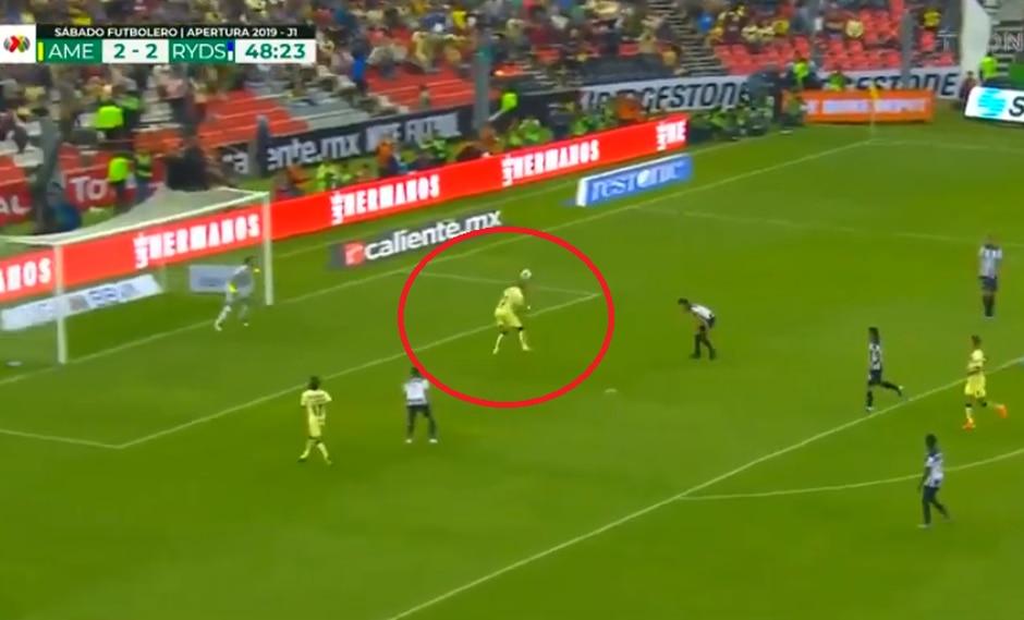 América vs. Monterrey: Nicolás Castillo convirtió el 3-2 con un gran cabezazo dentro del área   Foto: Captura