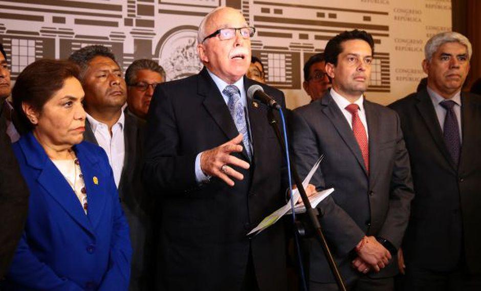 Fuerza Popular se suma al Apra en la moción para interpelar a la ministra de Cultura, confirmó el vocero Carlos Tubino. (Foto: Congreso)