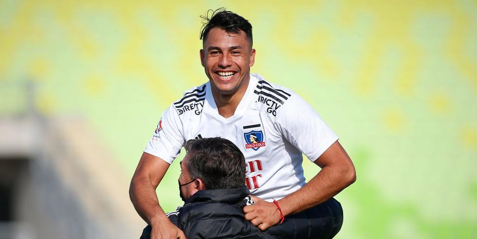 Colo Colo vapuleó a Wanderers por el Campeonato Nacional de Chile