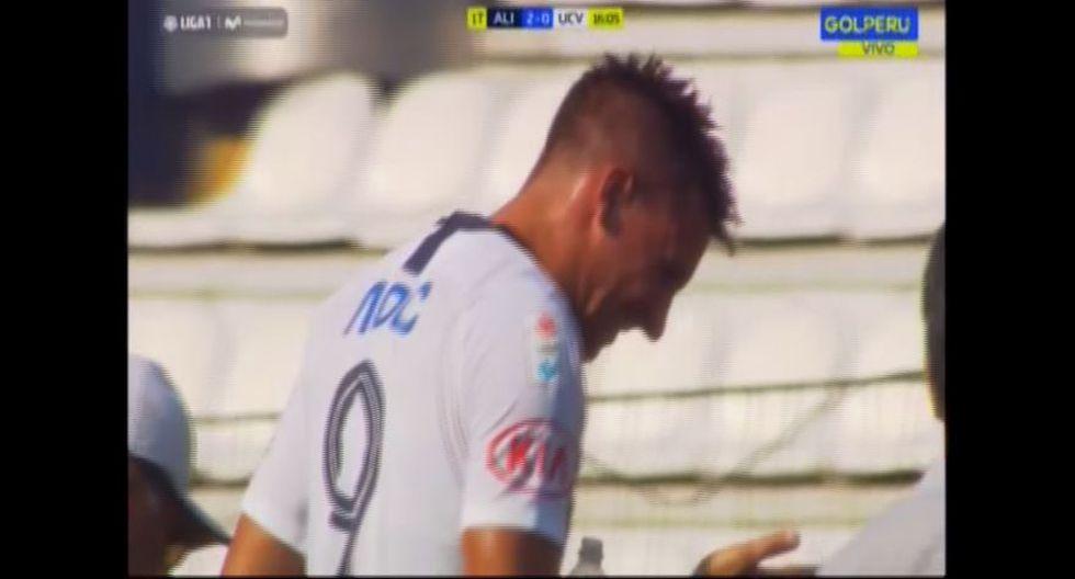 Mauricio Affonso estuvo cerca de ser cambiado en el Alianza Lima vs. César Vallejo por un golpe en la cabeza tras un balón aéreo dividido. Finalmente, el uruguayo se quedó sobre el campo de juego (Video: GOL Perú)