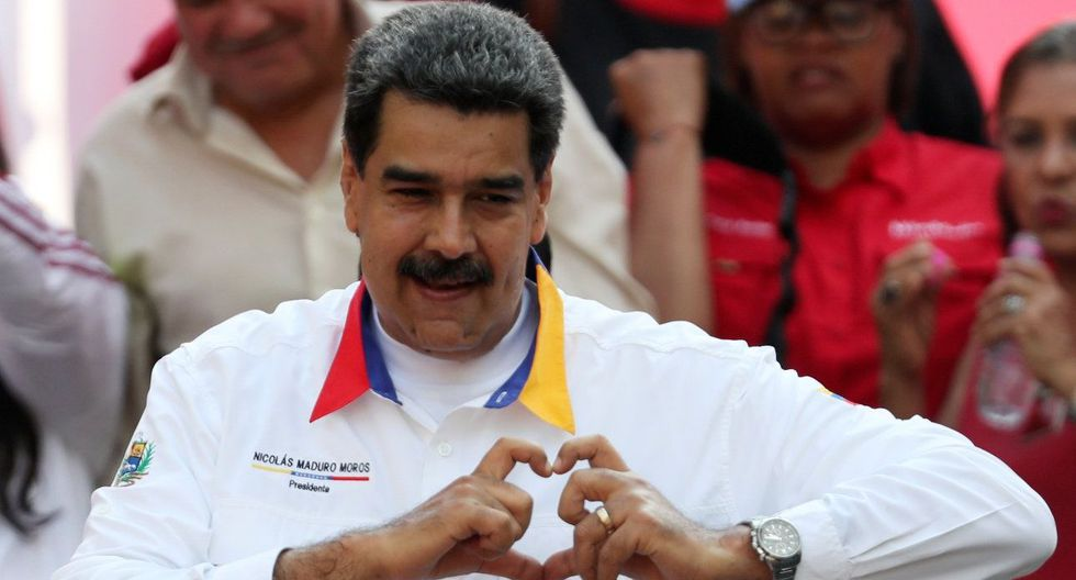 Miles de chavistas se concentraron en Caracas para celebrar el primer año de la reelección de Nicolás Maduro. (Reuters).