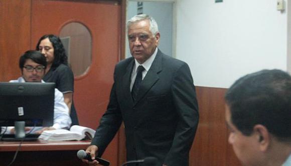 Ex ministro de Defensa testificará en juicio de Fujimori