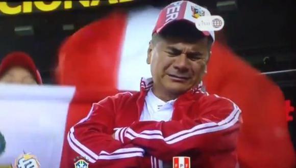 Perú vs. Brasil: hincha se emocionó con triunfo y lloró [VIDEO]