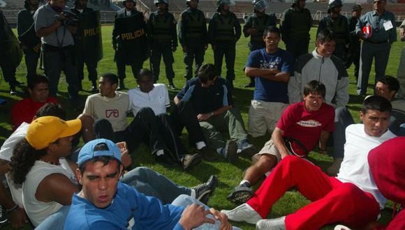 Los futbolistas de Cienciano se presentaron en ropa de calle ante Atlético Universidad. (Foto: GEC)