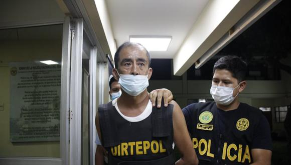 'El viejo Narro' vuelve a estar en manos de la Policía por la muerte del comerciante venezolano Orlando Abreu. 'Cara cortada', como también se le conoce, formó un grupo evangélico que predicaba en las cárceles del país. (FOTO: Arturo Gutarra)