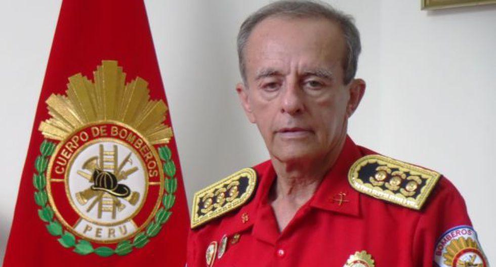 Bomberos vuelven a tener un comandante general interino