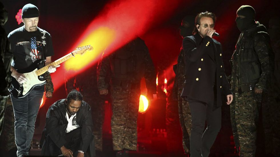 Kendrick Lamar y U2 en el Grammy 2018. (Foto: Agencias)