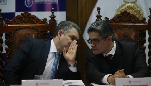 Fiscales del equipo especial Lava Jato, Rafael Vela y José Domingo Pérez, representantes del Ministerio Público en el acuerdo de colaboración. (Foto: Alonso Chero/GEC)
