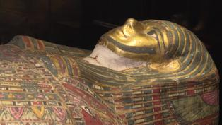 Científicos polacos descubrieron una momia egipcia embarazada
