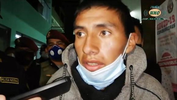 El cabo Carcausto se encontraba deambulando por las calles de la ciudad de Tacna vestido de civil cuando fue intervenido por agentes policiales que confirmaron su identidad con los documentos que llevaba consigo. (Foto: Radio Uno)