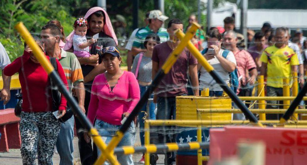 Delgado dice que ya supo lo que era dormir en la calle y que pese a los rumores de una pronta solución a la crisis, seguirá con sus planes de llegar a Bogotá.(Foto: AFP)