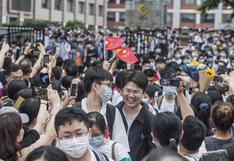 La masiva entrega de diplomas a graduados en Wuhan un año después de la cuarentena por coronavirus   FOTOS
