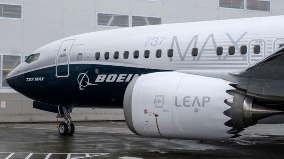 Uno de los problemas que debieron sortear los ingenieros de Boeing al principio fue la ubicación del motor.