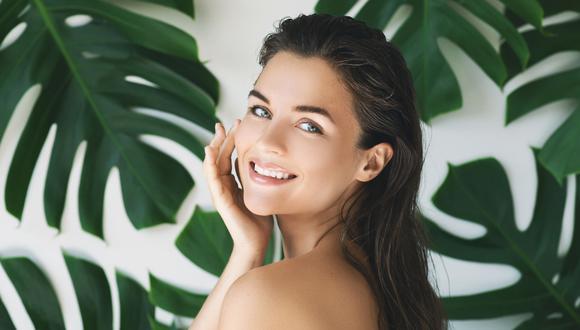 """""""La limpieza facial es el paso más olvidado de las rutinas cosméticas"""", señala Rocío Escalante, experta en dermofarmacia.  (Foto: Shutterstock)"""